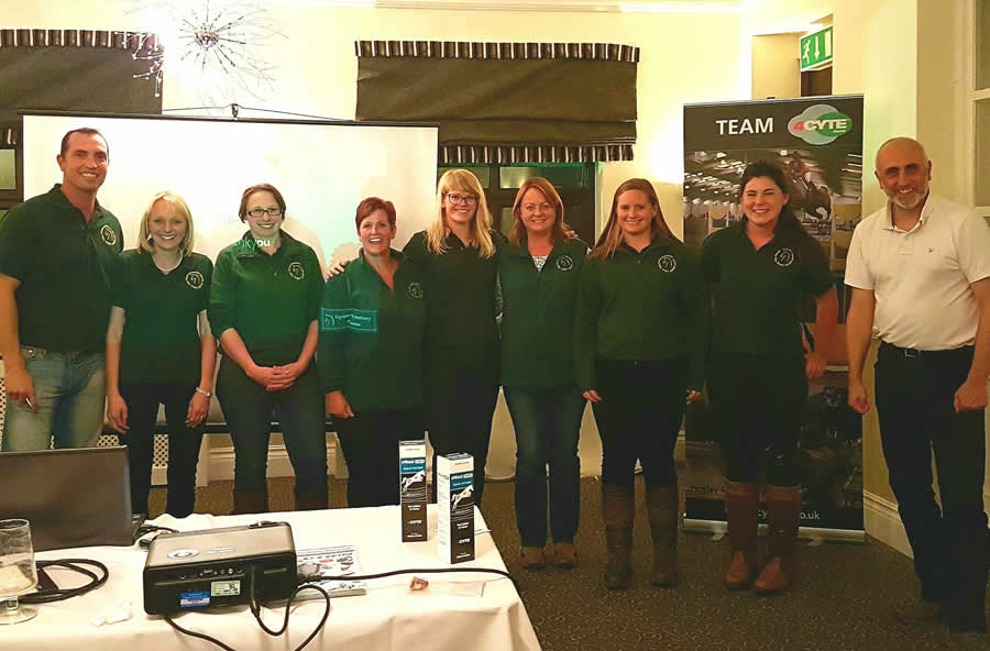 Geriatric horse talk and the team at Equine Vet Centre